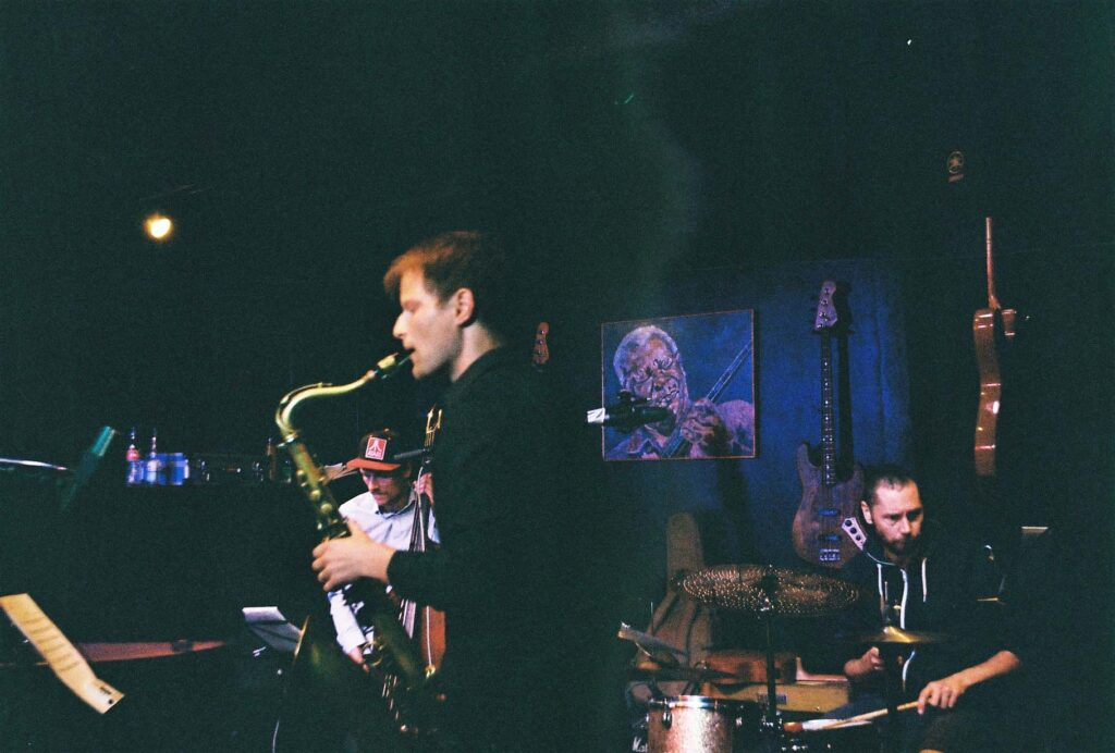 Photo of Freetown Quartet playing at the Christiania jazz club Børneteateret