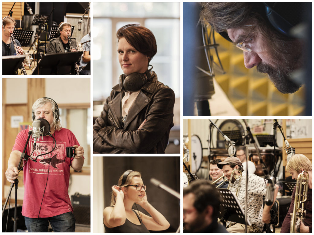 Concept Art Orchestra is recording the album Vanoce Dospelych
